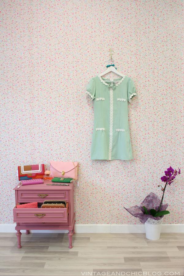 corazonadas complementos llanera mesita rosa bazar vintage and chic